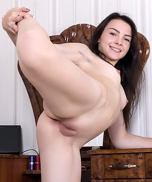 Hot Flexible Girls Porn Pictures