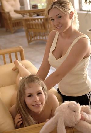 Hot Girls Massage Porn Pictures