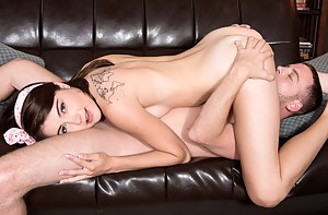 Hot Girls 69 Porn Pictures